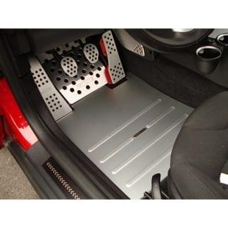 Rennline Aluminum Vloerplaat Bestuurderszijde (Track Mats) (1)